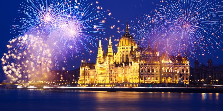 Nouvel An à Budapest - Folies Rive Gauche** -100 € !