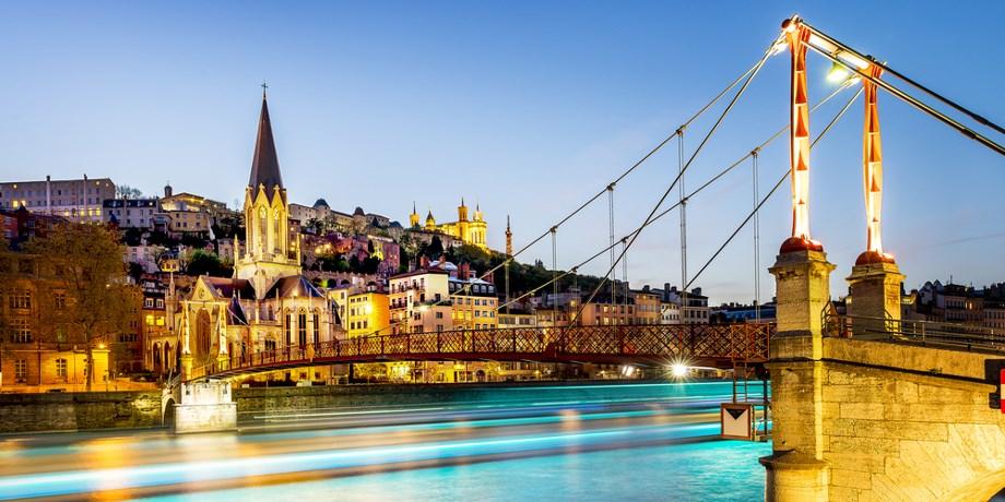 Dernière Minute** -50 % ! Croisière 8 jours Le Rhône & la Saône 5* en pension complète !