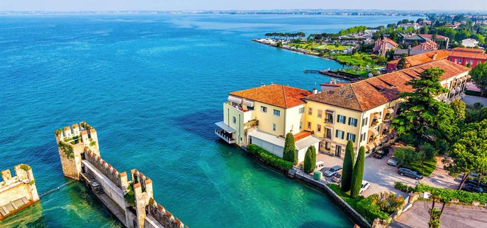 PENSION COMPLETE OFFERTE & jusqu'à -410 €** Coup de Cœur Milan, Venise & les Lacs