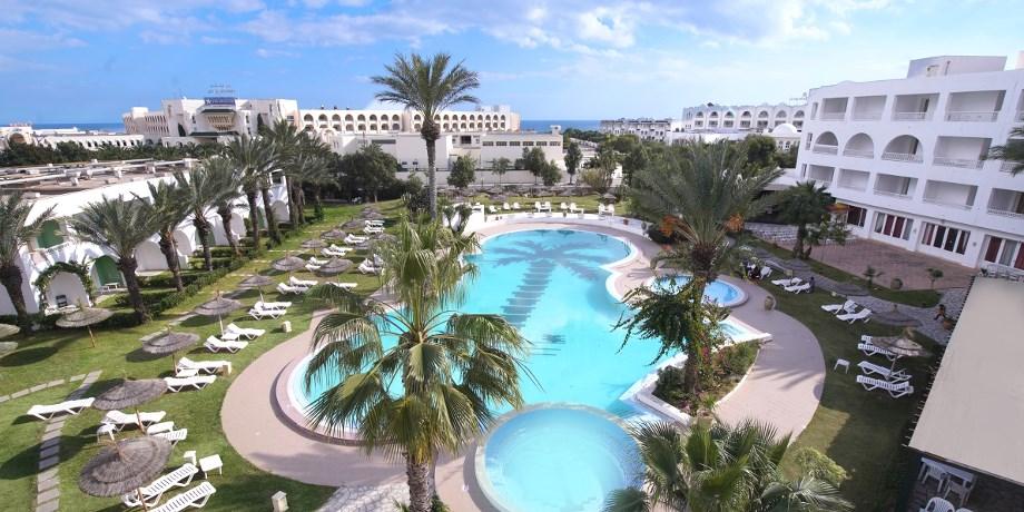 Solo Offert** dès 659 € 15 jours Hammamet, Hôtel-Club Rive Gauche Aquaterra Bahia Beach 4*