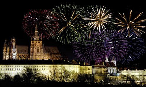 Réservez Tôt -120 € ** Réveillon à Prague avec soirée du Nouvel An au théâtre des Etats - Hôtel Jury's Inn 4* - Visites et repas inclus